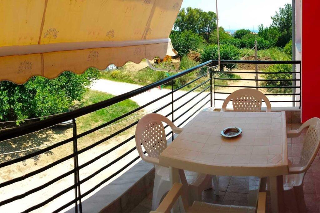 Helena's Apartments - Suite balcony