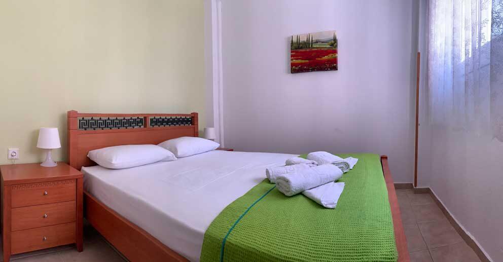 Studio-5-Bedroom