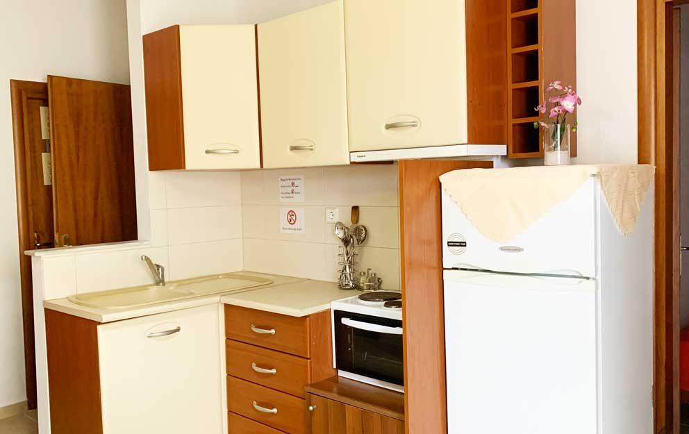 Suite-2-Kitchen