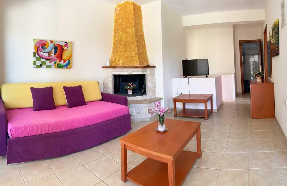 Superior-4-Living-room-1